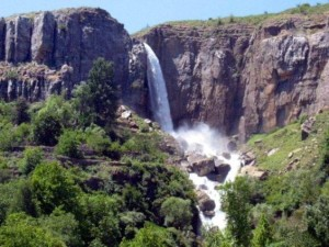 08046_lebanon_waterfalls_4