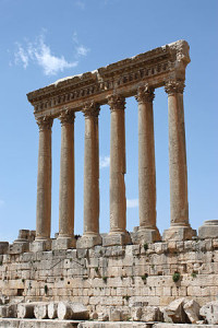 300px-Baalbek_-_temple_of_Jupiter